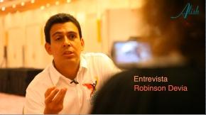 ENTREVISTA A ROBINSON DEVIA  ¿ UN POLÍTICO MÁS…?
