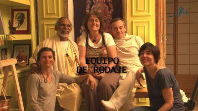 EQUIP DE RODAJE ENTREVISTA SWAMI JOYTHI