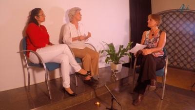 Leonor Gallardo, Teresa Ilari y Alícia Ninou durante la entrevista